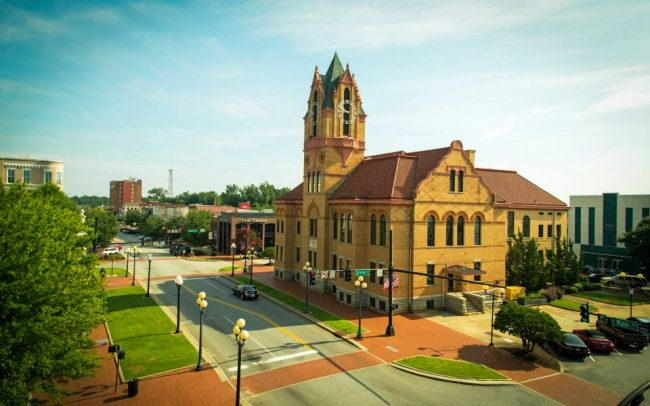 Photo of downtown Anderson SC historical courthouse